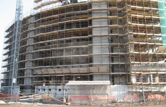 Cantieri edili aumenta il costo della manodopera e dei for Costo della grande casa