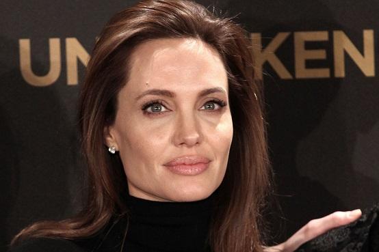 Angelina-Jolie-cambogia
